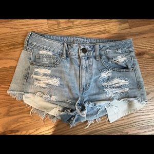 Light wash American eagle shorts